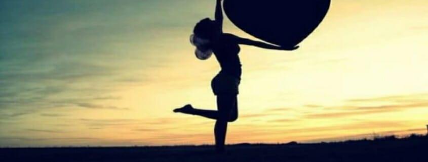Abraçar un cor, a la sortida del sol